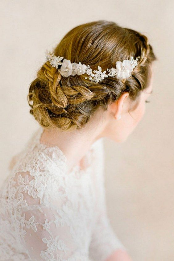 wedding updos hairstyles via bel aire bridal / www.himisspuff.co...