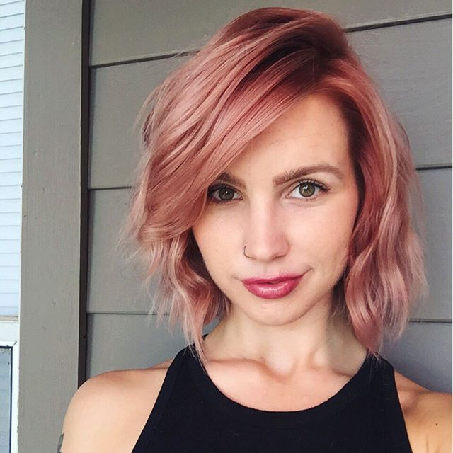 Trendy Hair Color Highlights Aveda Colorist Julie Shines In A Pretty