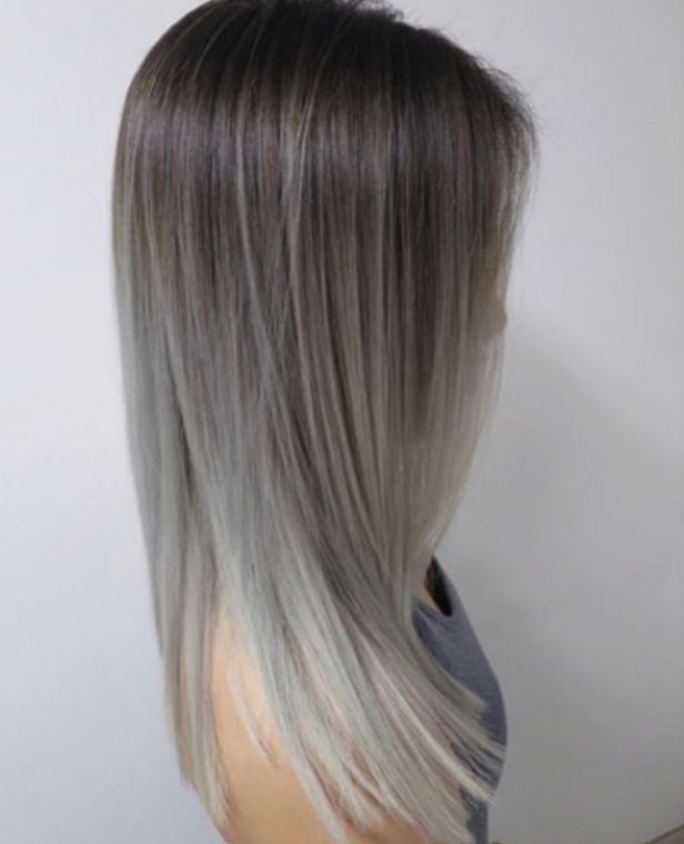 Trendy,Hair,Color,Highlights,Silver,and,grey,ombre,balayage