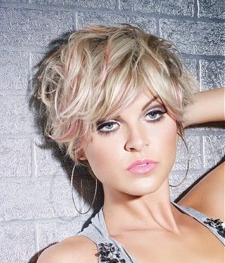 15 Super Cool Platinum Blonde Hairstyles to Try