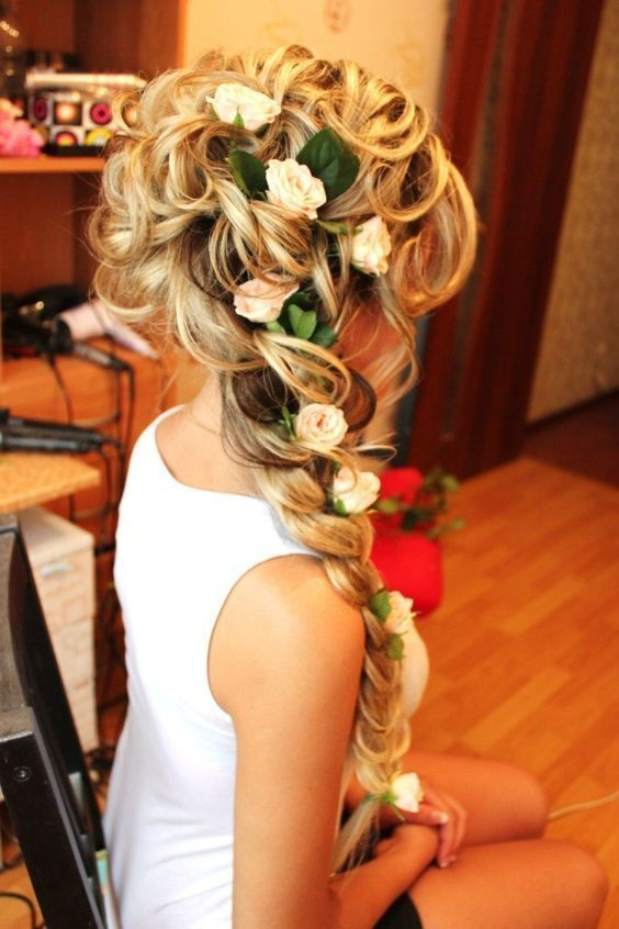Curly braid for long wedding hair - Deer Pearl Flowers / www.deerpearlflow...