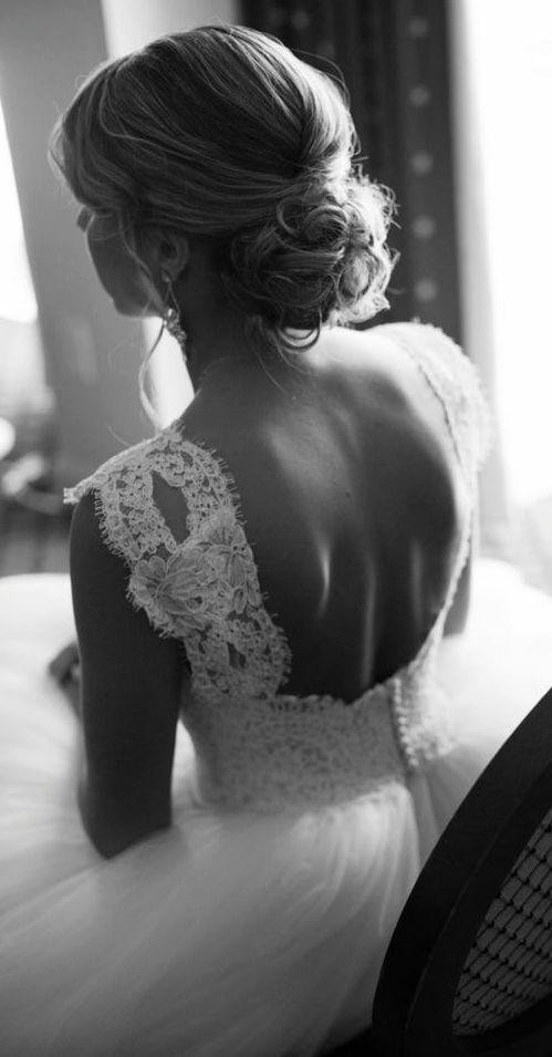 Featured Photographer: Melissa Robotti Photography; Wedding hairstyle idea.