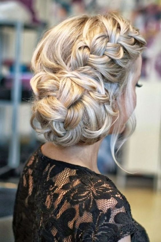 Stunning Braided Wedding Hairstyles - Deer Pearl Flowers / www.deerpearlflow...