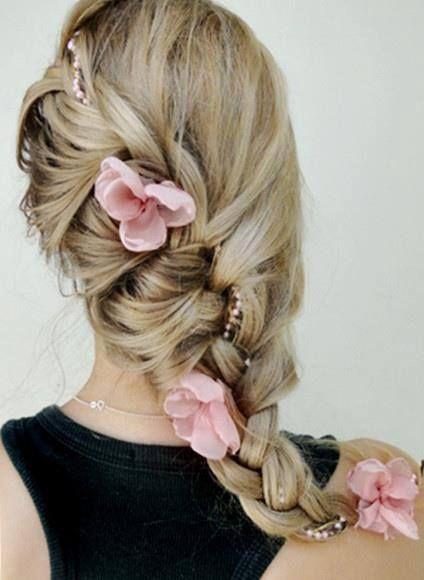 braided wedding hairstyle with pink flowers - Deer Pearl Flowers / www.deerpearl...