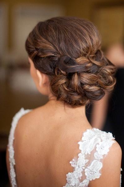 braided wedding updo - Deer Pearl Flowers / www.deerpearlflow...