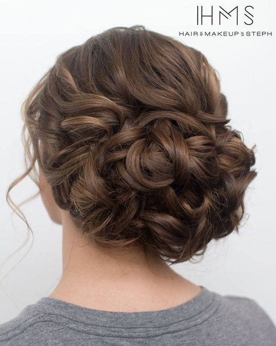 classic wedding updo via Hair & Makeup by Steph / www.himisspuff.co...
