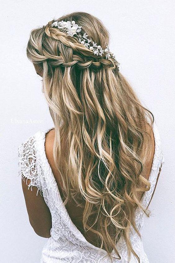 half up half down waterfall wedding hairstyle / www.himisspuff.co...