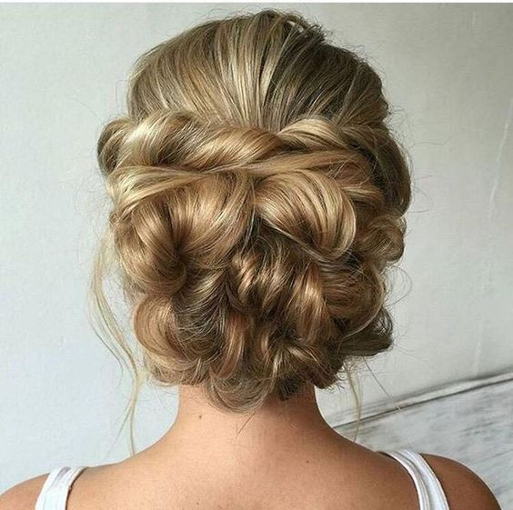 Bridal hairstyles twited wedding updo hairstyle for long hair twited wedding updo hairstyle for long hair himisspuff junglespirit Image collections