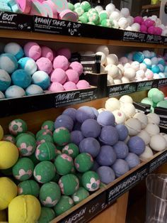 The EXACT bath bomb recipe base used by Lush! Simply customize with your favorit...