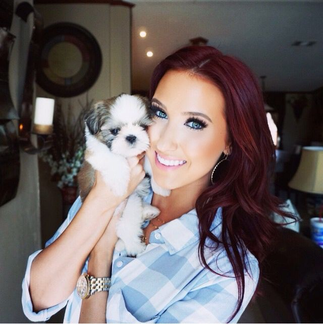 Jaclyn Hill's hair color is to die for!! I need to take the plunge & do this...