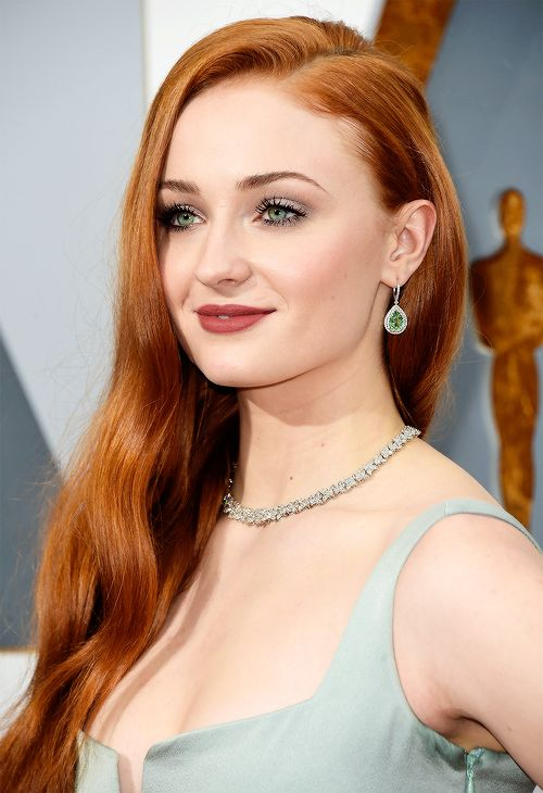 Sophie Turner attends the 88th Academy Awards Ceremony                          ...