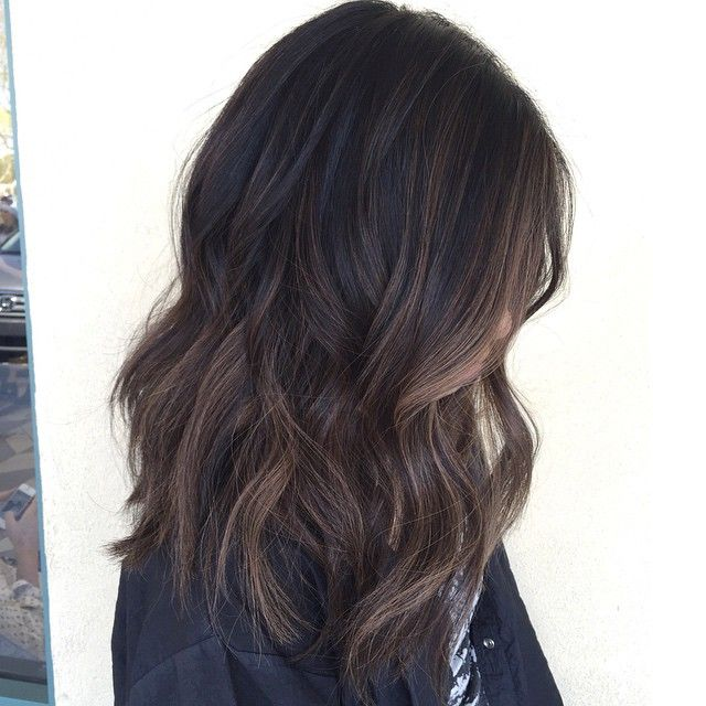 Babylights dark virgin hair with a soft balayage - hairpainting