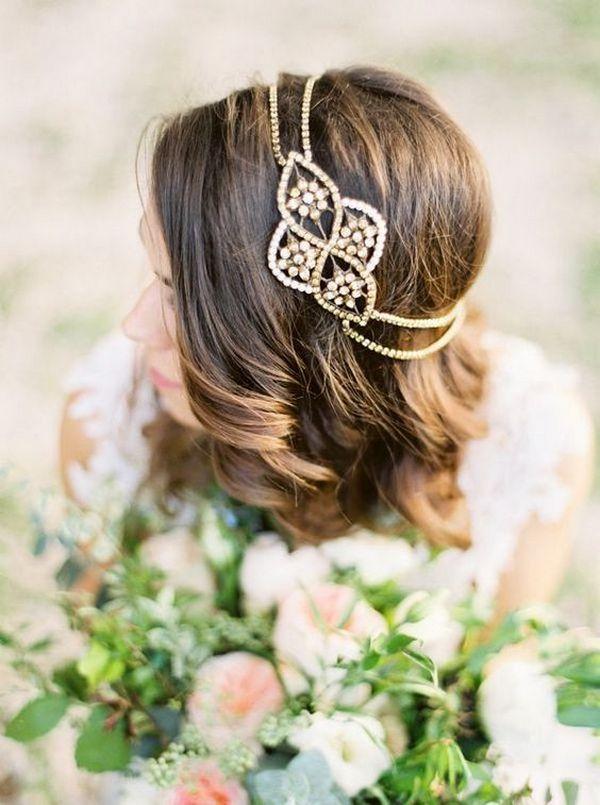 Elegant wedding hairstyle accessory / www.himisspuff.co...