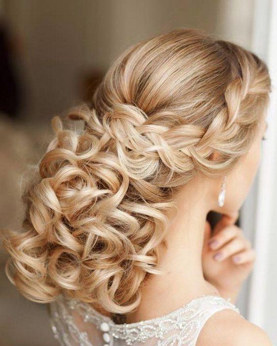 Elstile Wedding hairstyle idea / www.himisspuff.co...