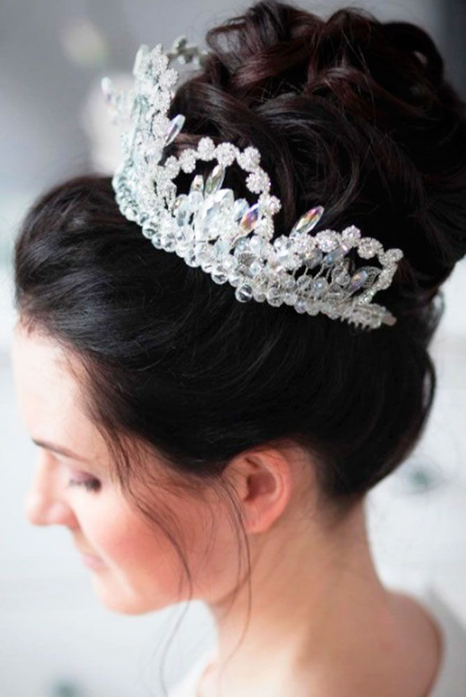 Bridal Hairstyles 18 Greek Wedding Hairstyles For The