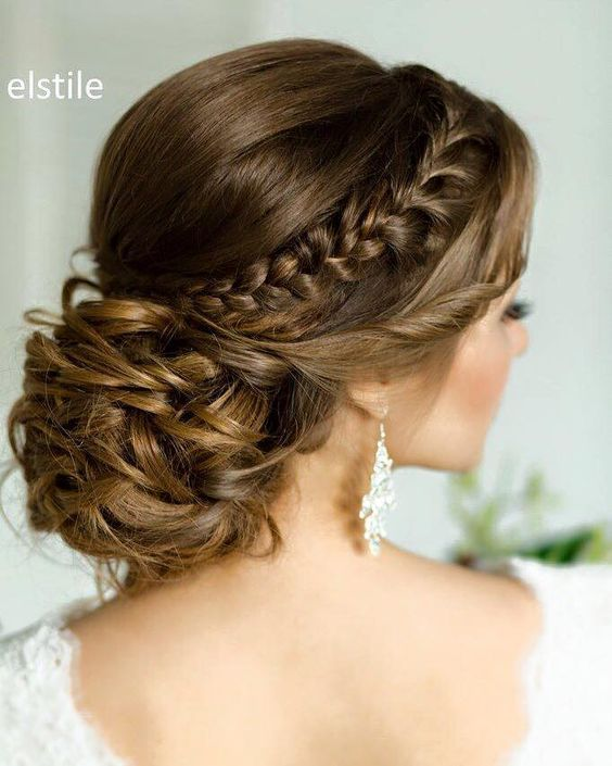 braided wedding hairstyle idea via Elstile / www.himisspuff.co...