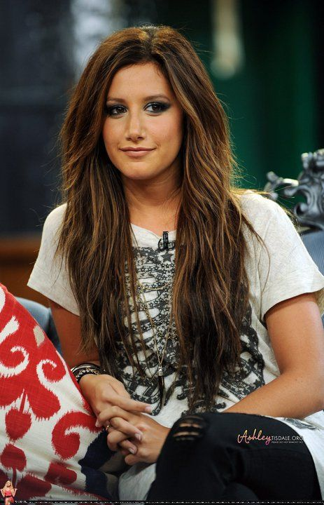 actress-ashley-tisdale-hair-pictures-interview.jpg (463×720)