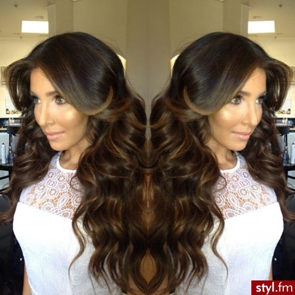 gorgeous hair #brunette #waves