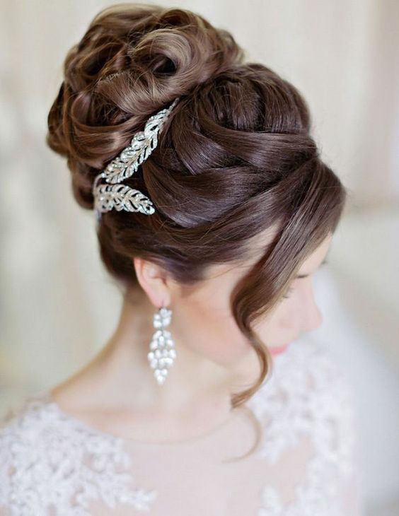 Featured Hairstyle: Websalon Wedding; Featured Photo: Liliya Fadeeva Photographe...
