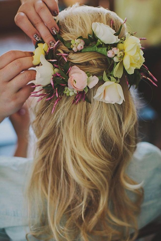 Gorgeous Half-Up Half-Down Hairstyles with Pastel Yellow and Pink Roses