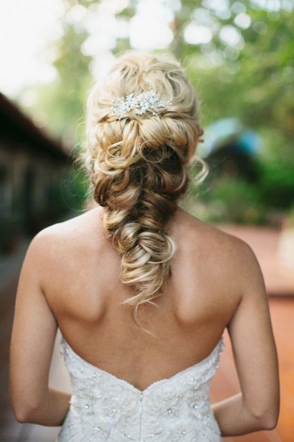 twisted fishtail braid updo wedding hairstyle