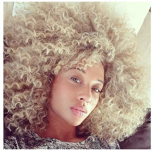Blonde curly locks. #curlyhairrocks
