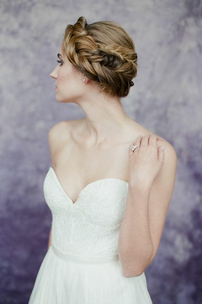 wedding hairstyle; photo: Almond Leaf Studios