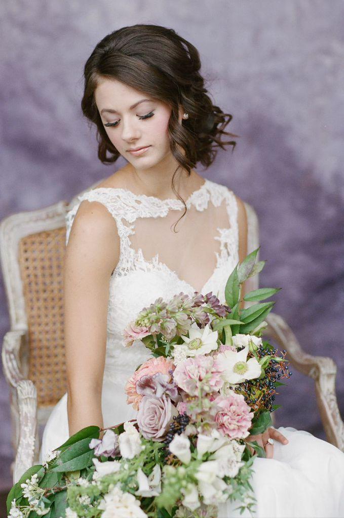wedding hairstyle; photo: Almond Leaf Studios
