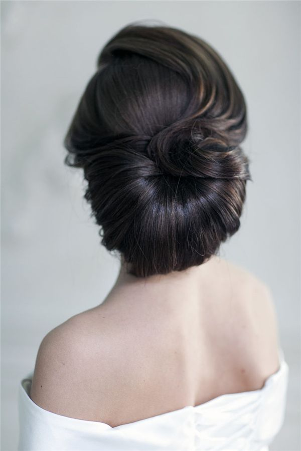 Bridal Hairstyles Retro Wedding Hairstyles And Updos 1