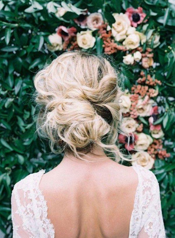 Chic Vintage Wedding Hairstyles / www.deerpearlflow...
