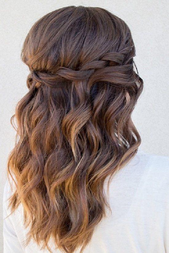 cute medium hairstyles for women 7 / www.meetthebestyo...