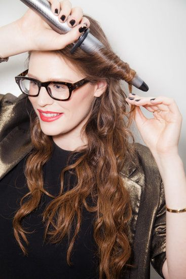 A Sexy, 3-Step Valentine's Day Ponytail Anyone Can Master