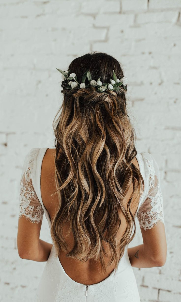 half up half down wedding hairstyles #weddings #hairstyles #hair #weddingideas