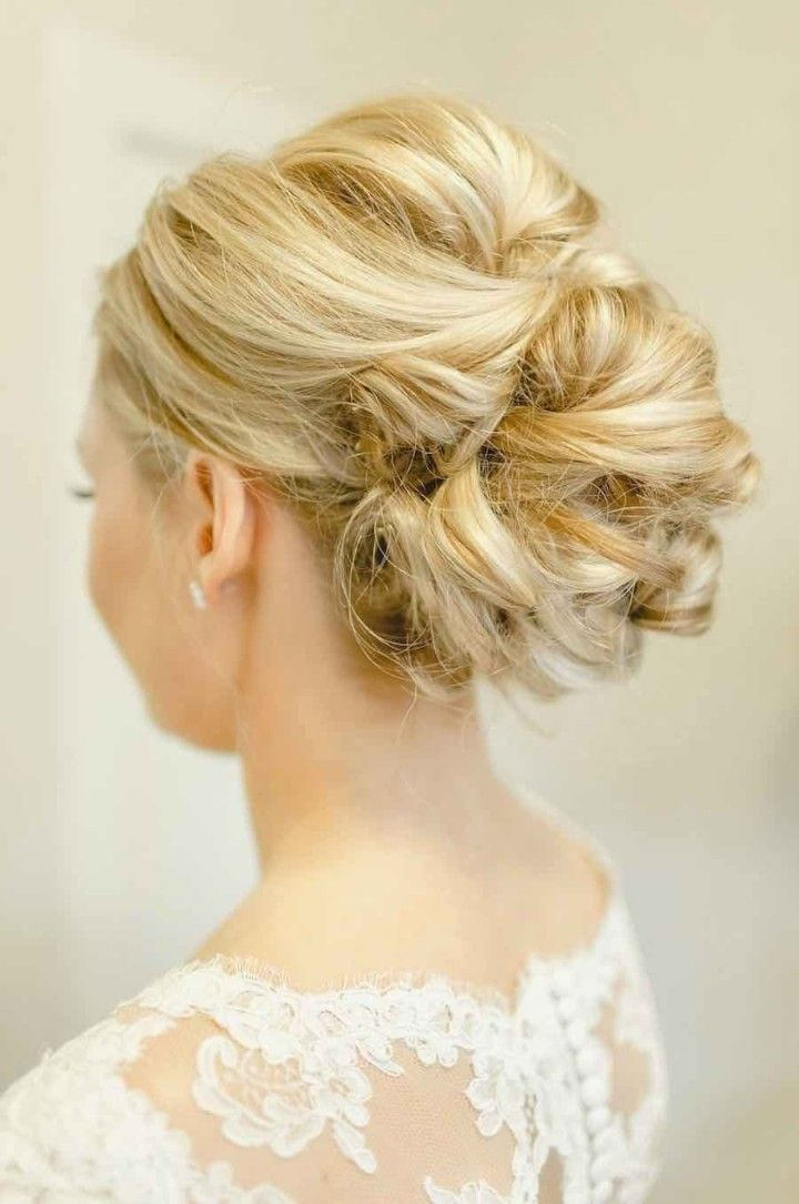wedding hairstyle idea; photo: The Nolan's