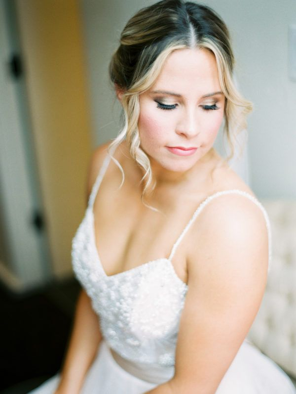 Featured Photographer; Rachel Solomon Photography; Wedding hairstyles ideas.