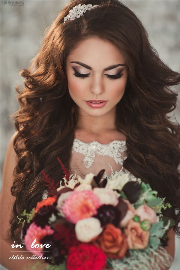 Retro Wedding Hairstyles and Updos 6