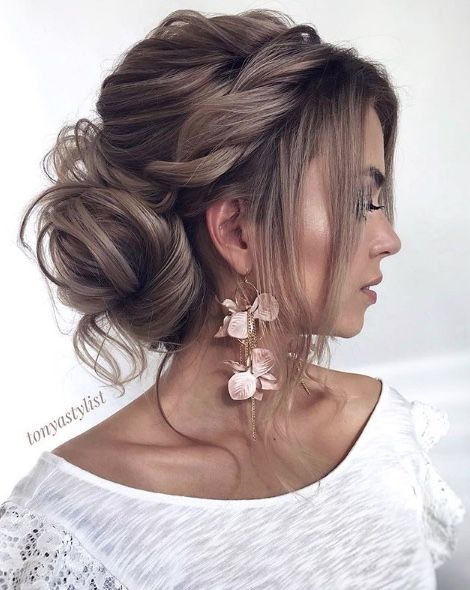 Featured Hairstyle: tonyastylist; www.instagram.com/tonyastylist; Wedding hairst...