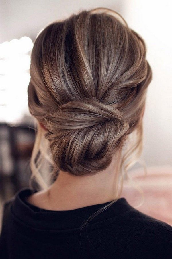 messy updo low bun wedding hairstyle from Tonyastylist #weddings #weddingupdos #...