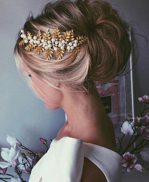 Featured Hairstyle: Ulyana Aster; www.ulyanaaster.com; Wedding hairstyles ideas.