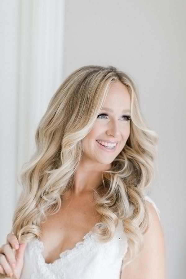 Featured Photographer: Richelle Hunter Photography; Wedding hairstyles ideas.
