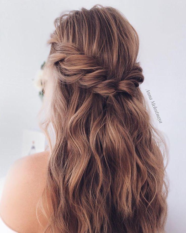 Half up half down Wedding Hairstyle #bride #bridal #wedding #weddinghairstyles #...