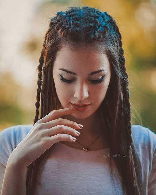 Longues coiffures tressées pour les femmes