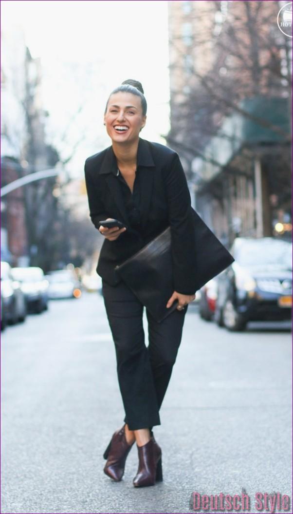 "40 Unboring casual outfits for women over 40 ""width ="" 600 ""height ="" 1053 ""data-jpibfi-post-excerpt ="" ""data-jpibfi-post-url ="" http://www.frisuren-2018.com/ 40-unboring-casual-outfits-for-women-over-40 / ""data-jpibfi-post-title ="" 40 Unboring casual outfits for women over 40 ""data-jpibfi-src ="" http: //www.frisuren- 2018.com/wp-content/uploads/2019/06/1559908343_332_40-Unboring-Casual-Outfits-für-Frauen-über-40.jpg ""/><br/><span class="