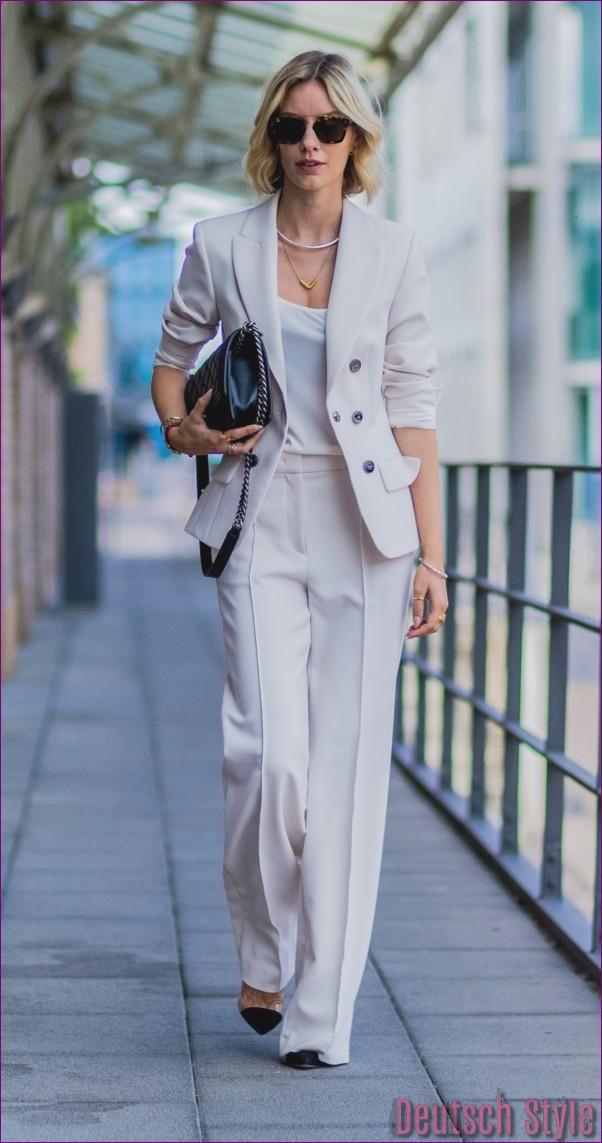 "40 Unboring casual outfits for women over 40 ""width ="" 600 ""height ="" 1141 ""data-jpibfi-post-excerpt ="" ""data-jpibfi-post-url ="" http://www.frisuren-2018.com/ 40-unboring-casual-outfits-for-women-over-40 / ""data-jpibfi-post-title ="" 40 Unboring casual outfits for women over 40 ""data-jpibfi-src ="" http: //www.frisuren- 2018.com/wp-content/uploads/2019/06/1559908357_836_40-Unboring-Casual-Outfits-für-Frauen-über-40.jpg ""/><br/><span class="