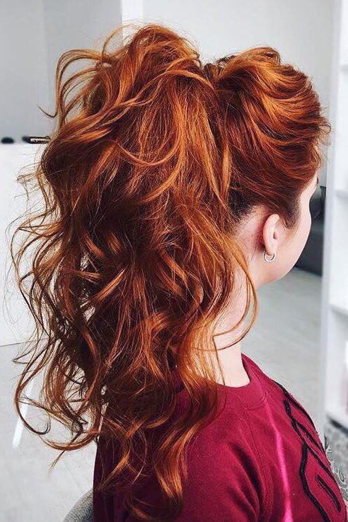 Comment choisir la couleur de cheveux parfaite pour votre teint