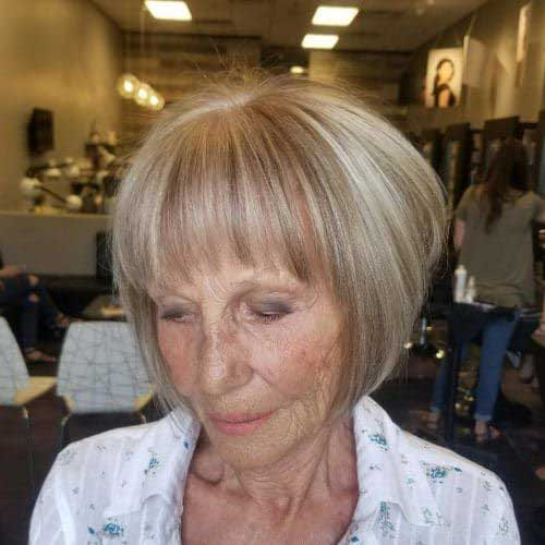 Pretty short hairstyles for older women