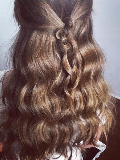 "Sweet ideas for long hair ""width ="" 450 ""height ="" 600 ""data-jpibfi-post-excerpt ="" ""data-jpibfi-post-url ="" http://www.frisuren-2018.com/suesse-ideas -for-long-hair / ""data-jpibfi-post-title ="" Sweet ideas for long hair ""data-jpibfi-src ="" http://www.frisuren-2018.com/wp-content/uploads/2019/ 05 / 1559215560_855_Süße ideas-for-long-Haare.jpg ""/></p><!-- adman_adcode (middle, 1) --><center>  <!-- 250kare -->   </center><!-- /adman_adcode (middle) --> <p class="