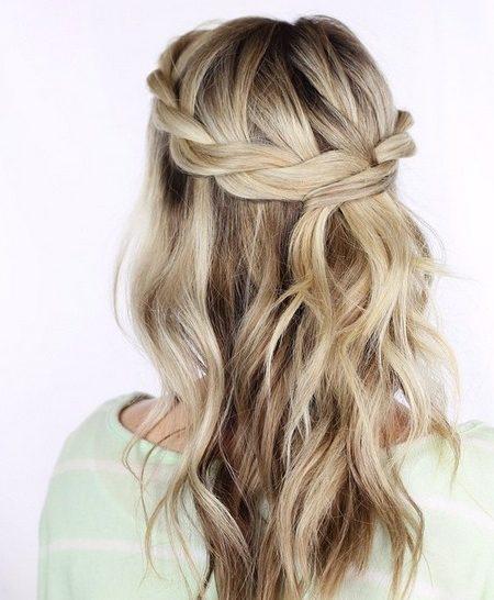 "Chaotic hairstyle ideas for girls ""width ="" 450 ""height ="" 546 ""data-jpibfi-post-excerpt ="" ""data-jpibfi-post-url ="" http://www.frisuren-2018.com/chaotic-frisur -ideas-for-girls / ""data-jpibfi-post-title ="" Messy hairstyle ideas for girls ""data-jpibfi-src ="" http://www.frisuren-2018.com/wp-content/uploads/2019/ 05 / 1559215582_59_Chaotisch hairstyle ideas-for-Mädchen.jpg ""/></p> <p class="